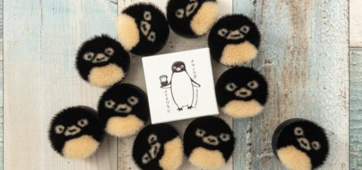 Cọ trang điểm hình chim cánh cụt siêu dễ thương chỉ có bán ở Nhật Bản