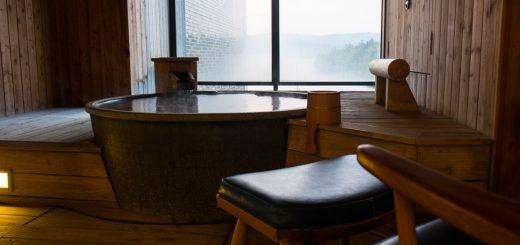 สัมผัสเรียวกังสุดหรูพร้อมอาหารชุดไคเซกิ ที่ทะเลสาบอะกัง จังหวัดฮอกไกโด