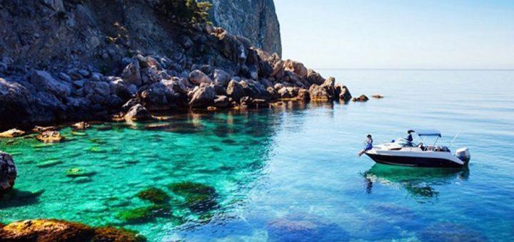 หน้าร้อนมาแล้วก็ต้องไปทะเลกันใช่ไหมคะ และนี่ก็คือชายหาด 6 แห่งของญี่ปุ่นที่สวยจนคุณลืมร้อนไปเลยล่ะ!