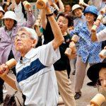 สังคมผู้สูงอายุเริ่มแล้ว รัฐบาลเลี้ยงดูคนแก่ไม่ไหว เลยเลื่อนเวลาเกษียณออกไปเป็น 65 ปี