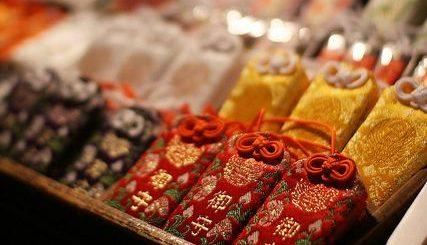 เครื่องรางของขลังที่ควรซื้อติดตัวกลับไปบูชา เมื่อมาศาลเจ้า Tamasaki เมืองอิจิโนะมิยะ