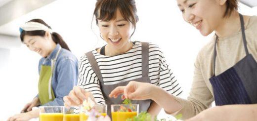 เลิกงานแล้วทำอะไร ? มาดูกันว่าสาวออฟฟิศที่อยู่ตัวคนเดียวในโตเกียวใช้เวลาไปกับอะไรบ้าง